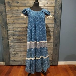 Vintage Hilda Hawaii Mumu 70s Calico Dress